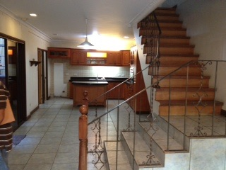FOR SALE: House Manila Metropolitan Area > Mandaluyong 2