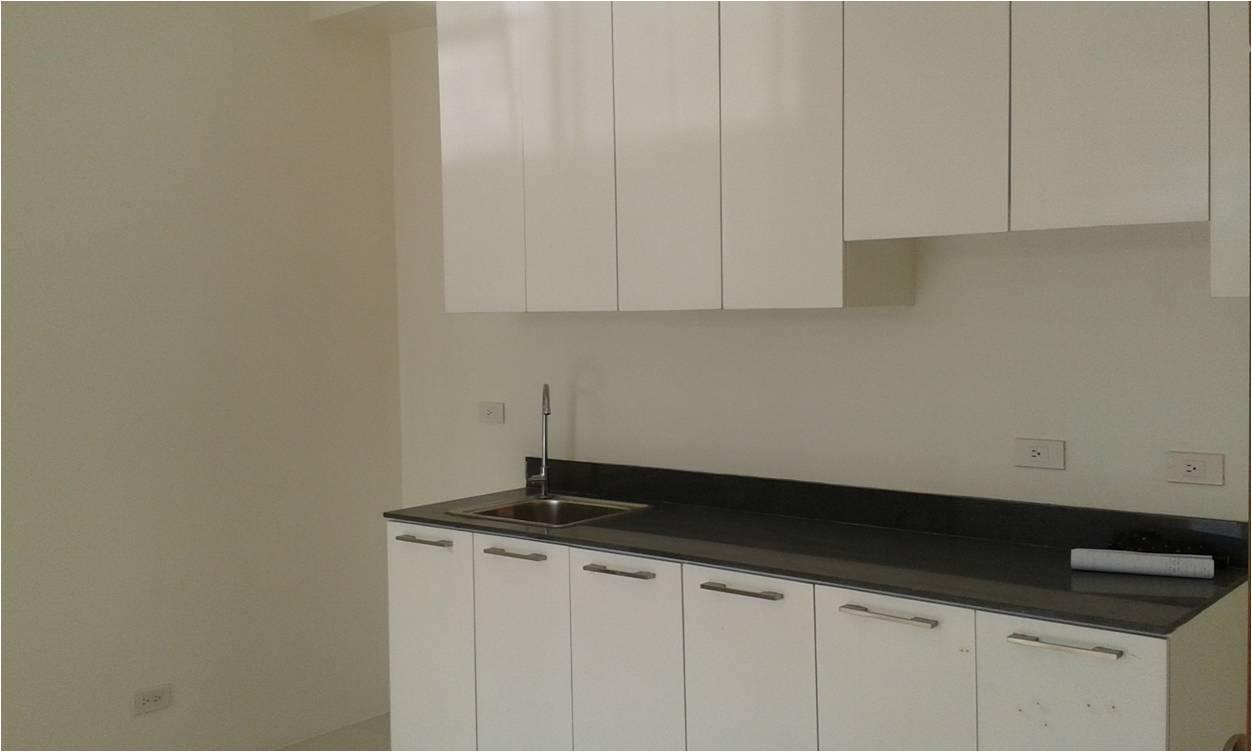 FOR SALE: Apartment / Condo / Townhouse Manila Metropolitan Area > San Juan 2