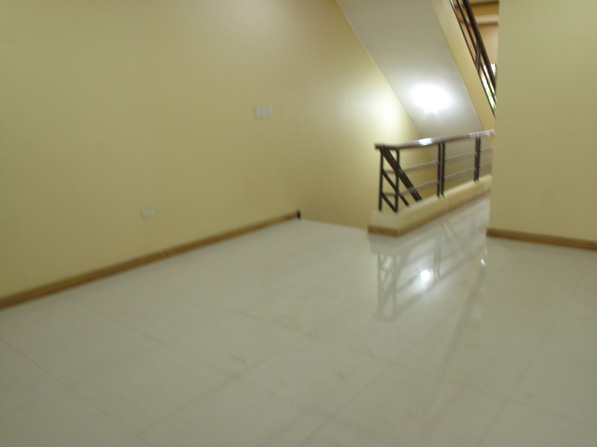FOR SALE: Apartment / Condo / Townhouse Manila Metropolitan Area > Quezon 17