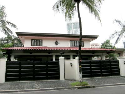 Bel Air Village Makati Houses for Sale