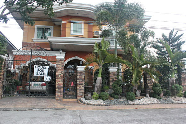FOR RENT / LEASE: House Pampanga