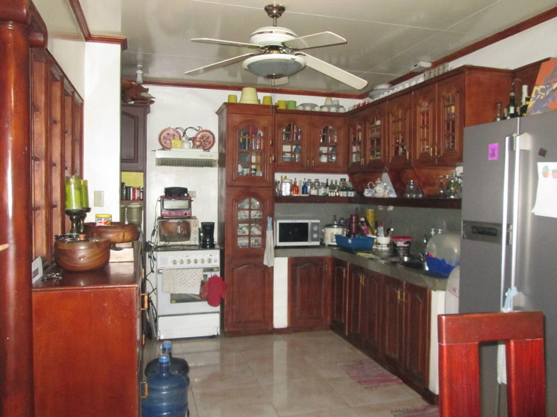 FOR SALE: Apartment / Condo / Townhouse Quezon 5