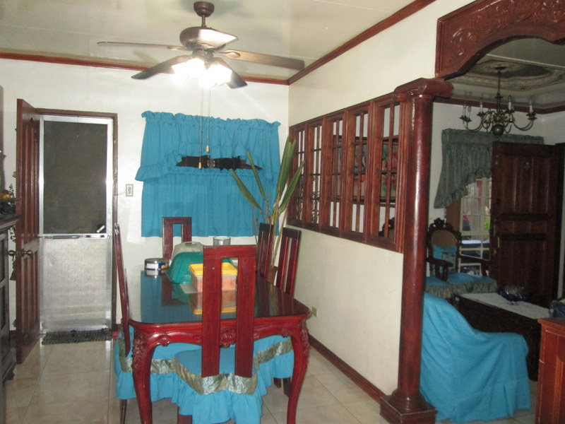 FOR SALE: Apartment / Condo / Townhouse Quezon 6
