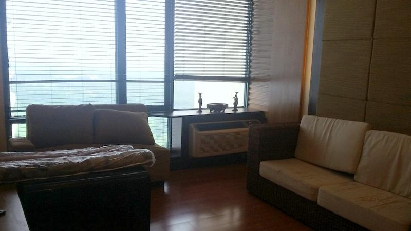 FOR SALE: Apartment / Condo / Townhouse Manila Metropolitan Area > Other areas 10