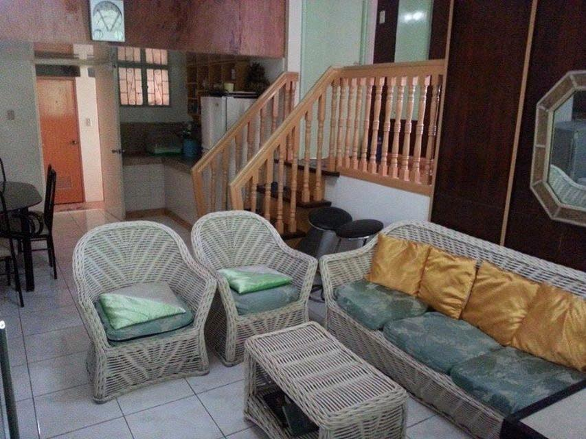 room for rent near sm center las pinas city