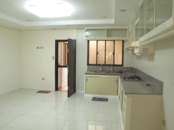 FOR SALE: Apartment / Condo / Townhouse Manila Metropolitan Area > Quezon 4