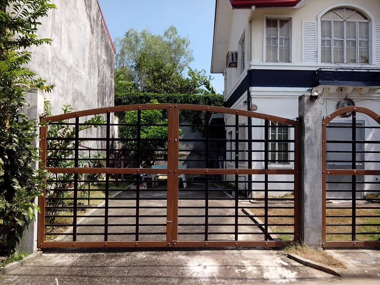 Gate/garage