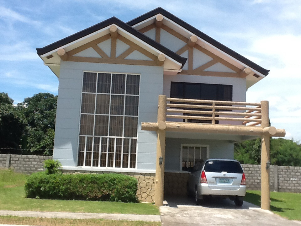 FOR SALE: House Tarlac