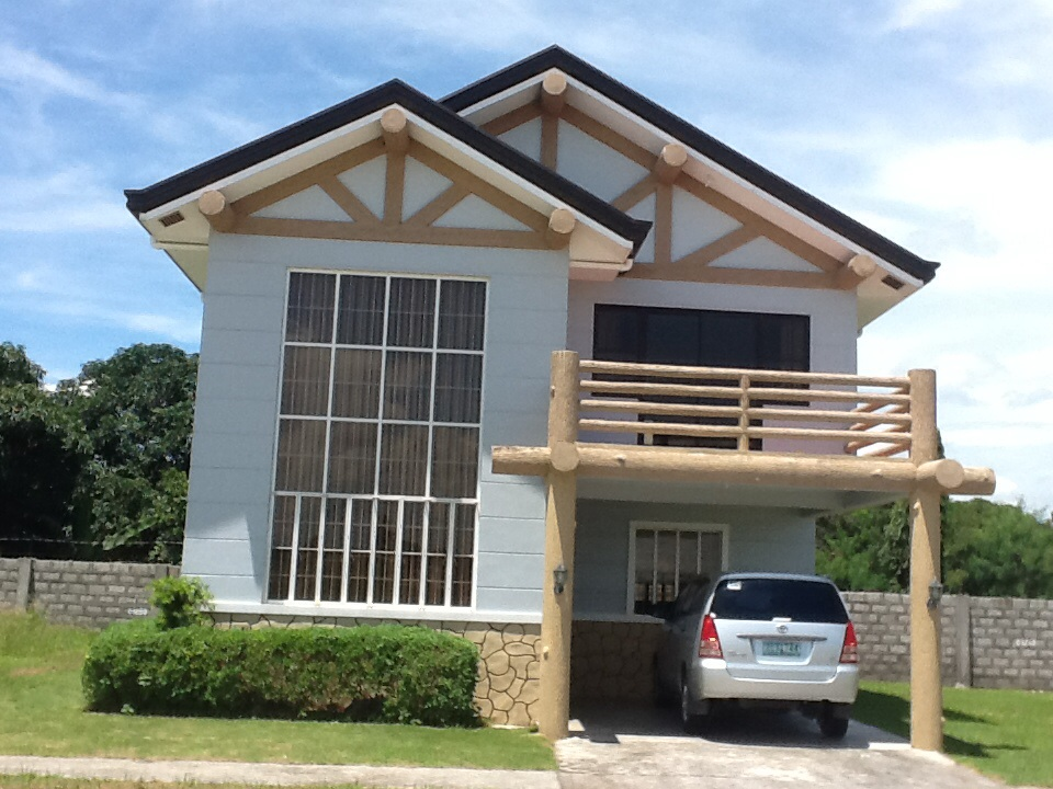 FOR SALE: House Tarlac 15