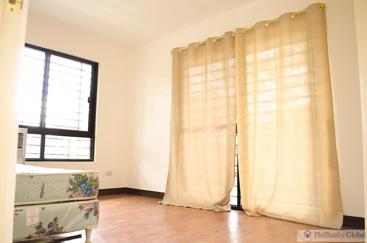 FOR SALE: Apartment / Condo / Townhouse Laguna > Sta Rosa 5