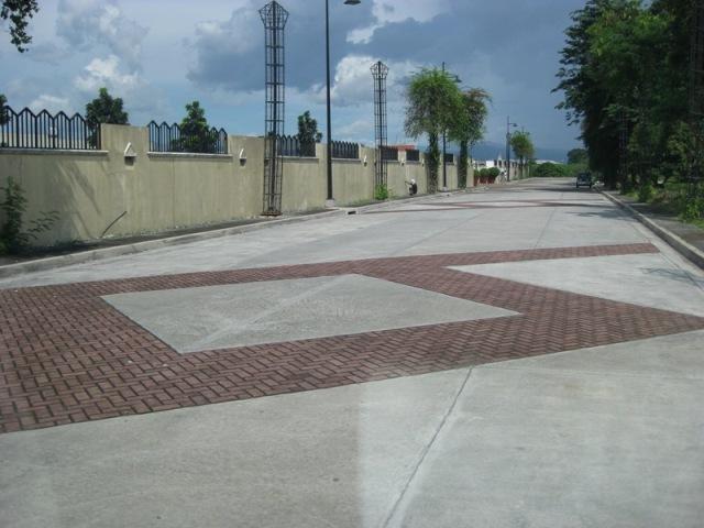 FOR SALE: Office / Commercial / Industrial Manila Metropolitan Area > Quezon 1