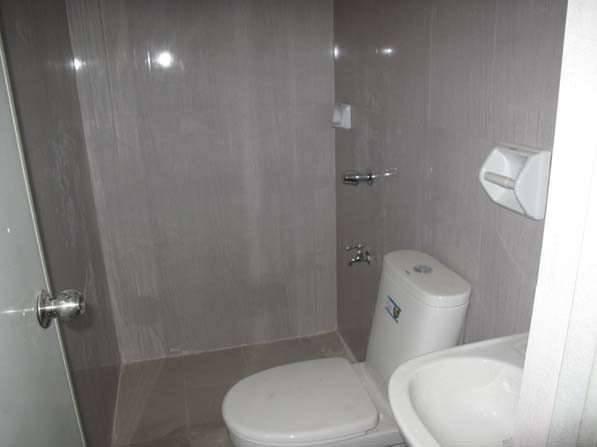 FOR SALE: Apartment / Condo / Townhouse Manila Metropolitan Area > Quezon 4