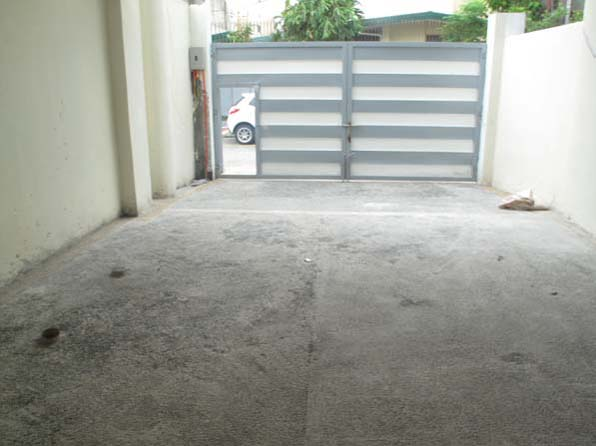FOR SALE: House Manila Metropolitan Area > Quezon 1