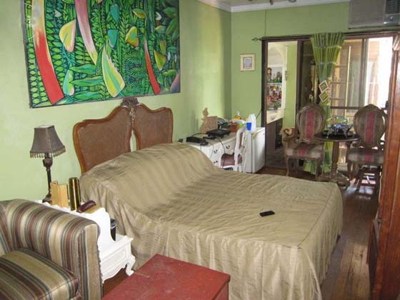 FOR SALE: House Manila Metropolitan Area > Makati 3