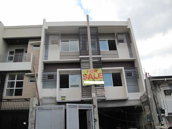 FOR SALE: House Manila Metropolitan Area > Manila 4