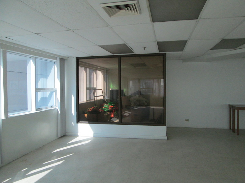 FOR RENT / LEASE: Office / Commercial / Industrial Manila Metropolitan Area > Makati 3