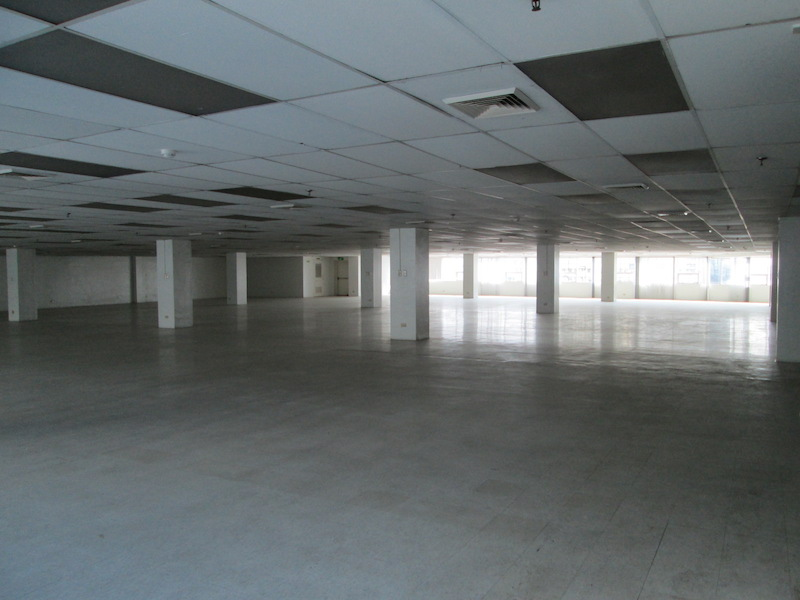 FOR RENT / LEASE: Office / Commercial / Industrial Manila Metropolitan Area > Makati 1