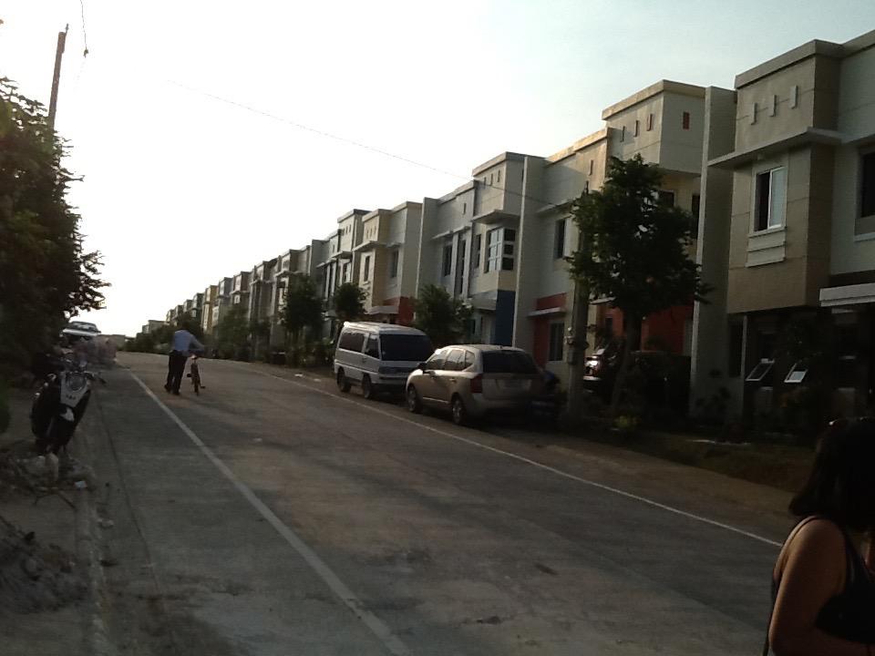 FOR SALE: House Cavite > Dasmarinas 7