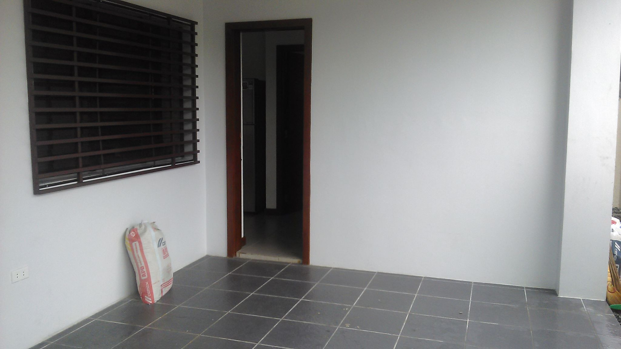 FOR RENT / LEASE: House Negros Occidental > Bacolod City 1