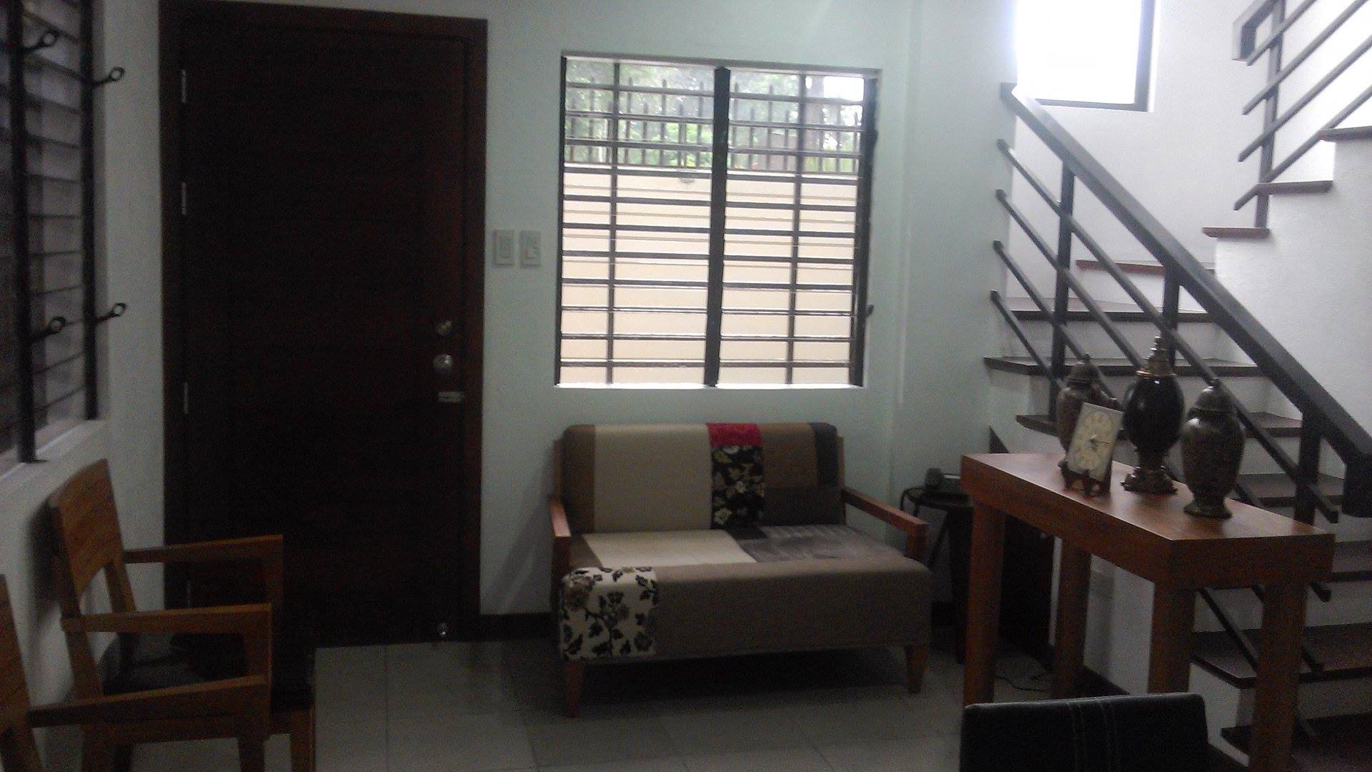FOR RENT / LEASE: House Negros Occidental > Bacolod City 2
