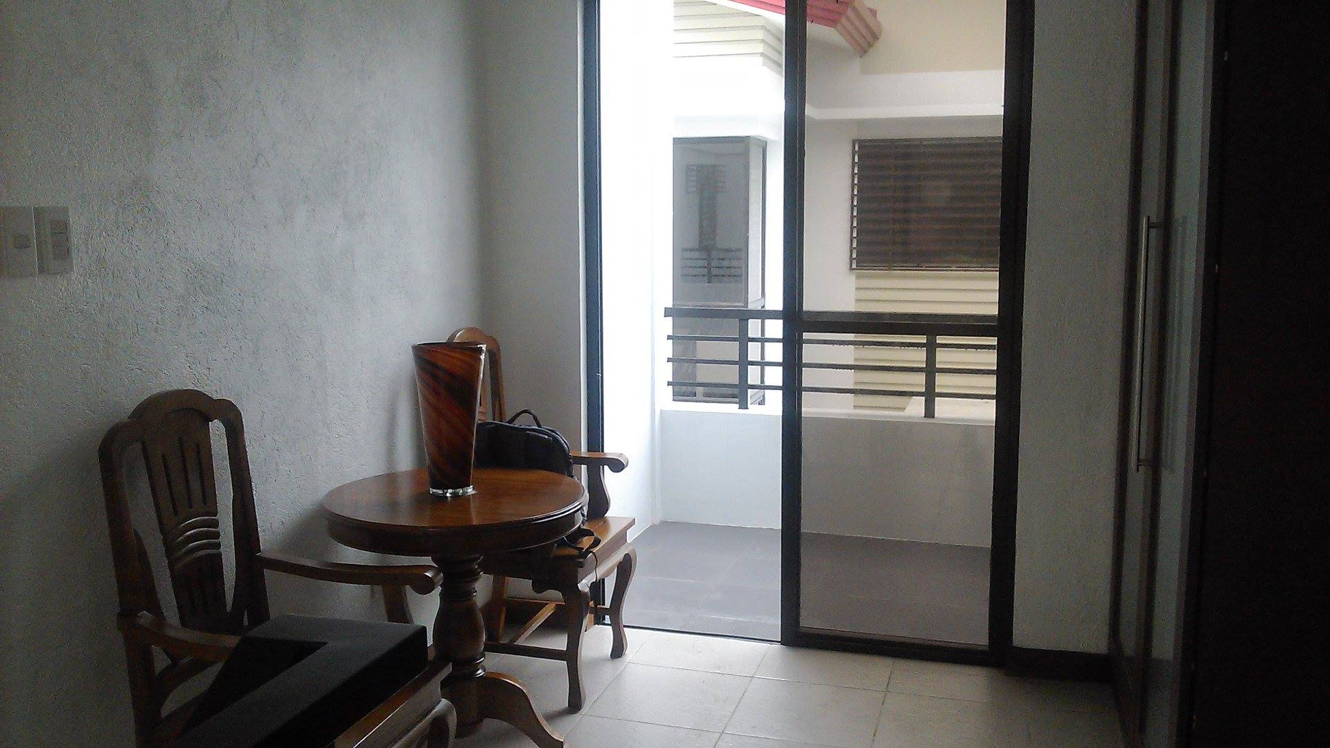 FOR RENT / LEASE: House Negros Occidental > Bacolod City 5