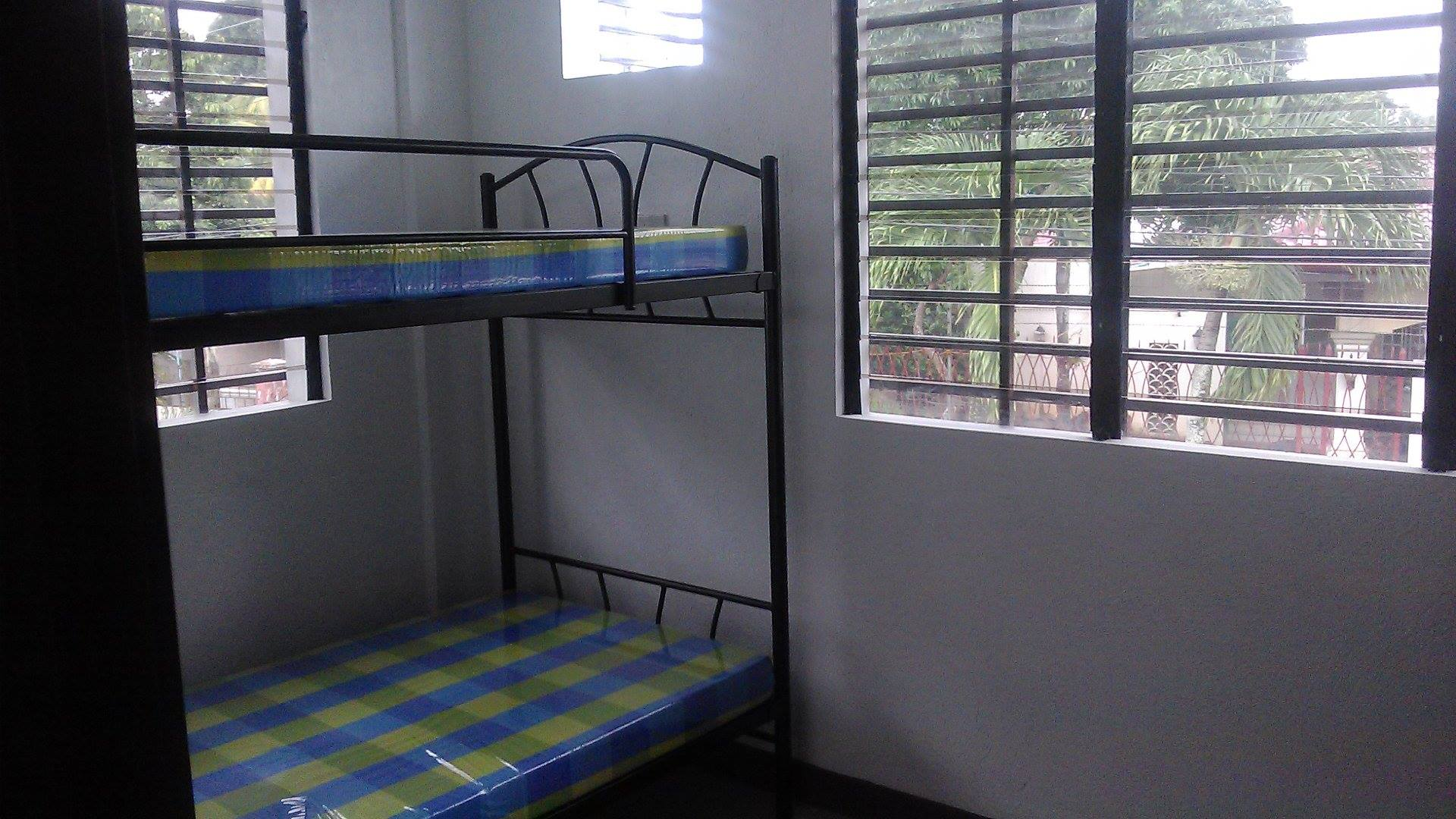 FOR RENT / LEASE: House Negros Occidental > Bacolod City 10