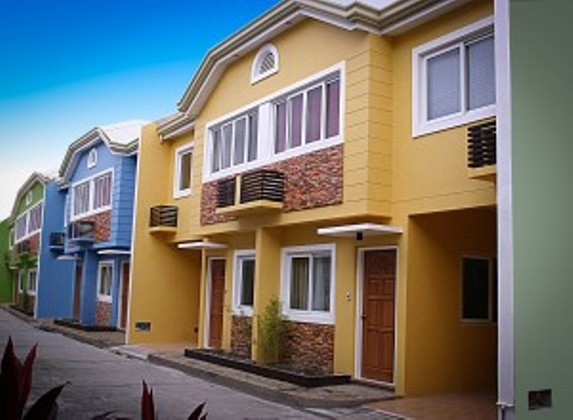 FOR SALE: Apartment / Condo / Townhouse Manila Metropolitan Area > Valenzuela 0