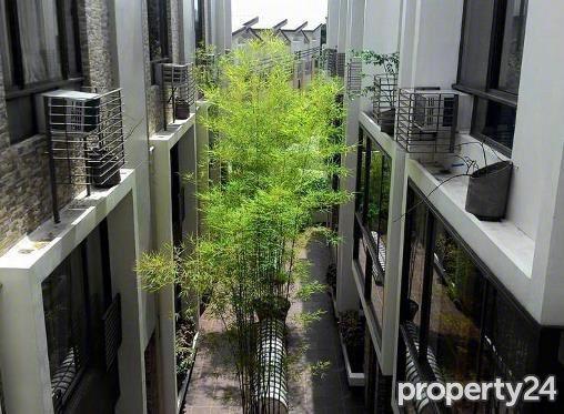 green hills courtyard house and lot for sale san juan 09176747343 rico navarro