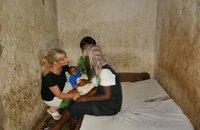 DR Kongo Save a Girl.JPG
