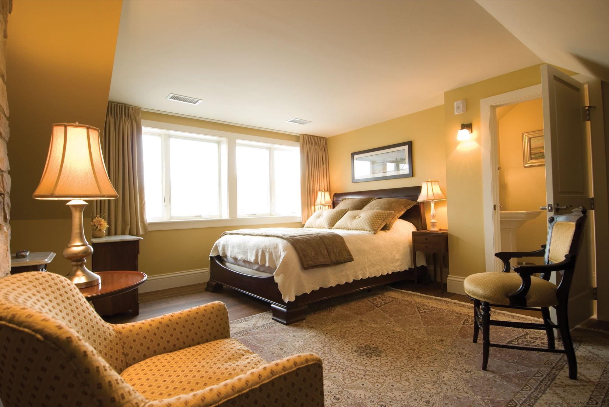 Fieldstone Suite Bed