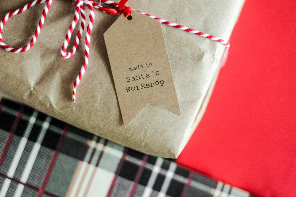 How to Gift Sustainably This Christmas