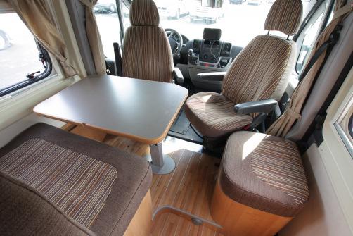 Eura-Mobil Mobil QUIXTA 580 LB, 6 metrin auto