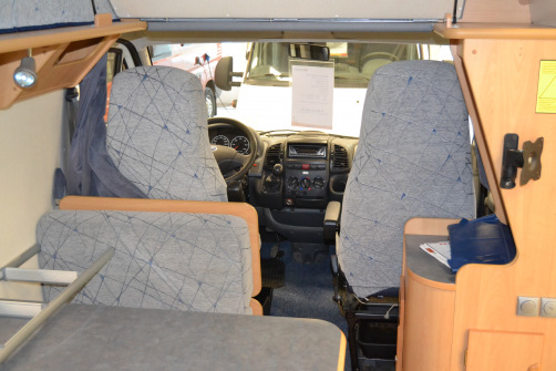 Adria Twin Space 370