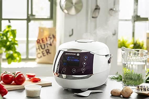 Cuociriso digitale per sushi Reishunger durante la cottura
