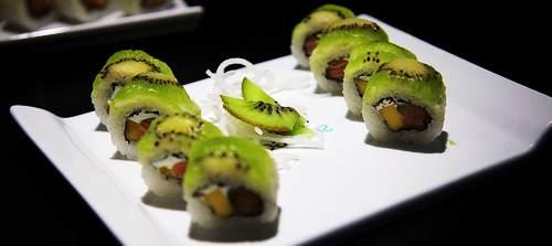 Piatto rettangolare con bordi alti per Sushi