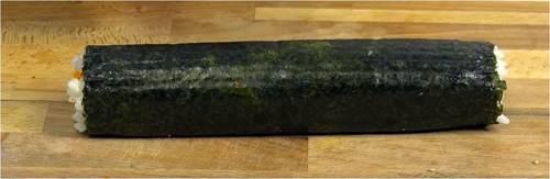 Sushi pronto per il taglio