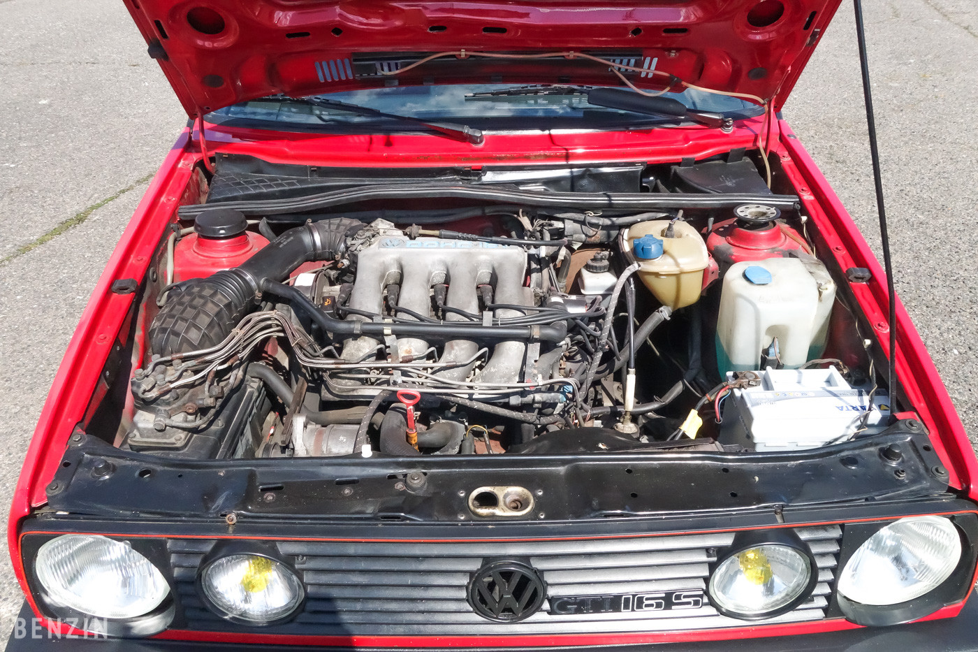 Volkswagen Golf GTI petits carreaux
