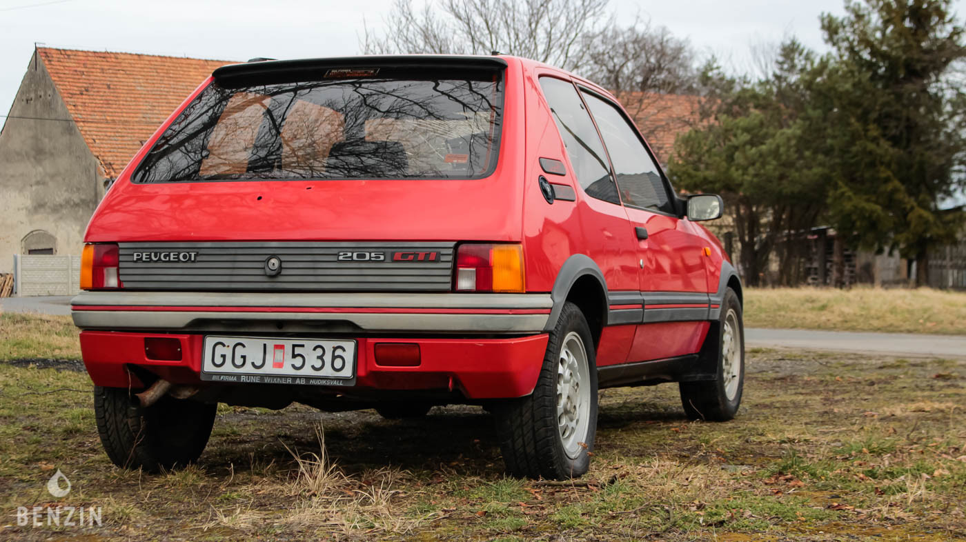 Peugeot 205 GTI à restaurer occasion