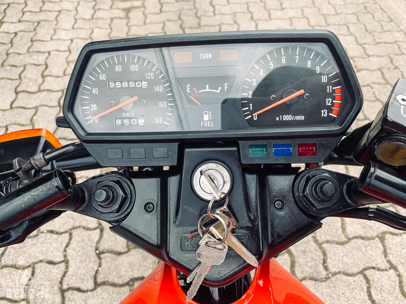 KAWASAKI GPZ 305 BELT DRIVE OCCASION A VENDRE FOR SALE EN VENTA IN VENDITA ZU VERKAUFEN - 1986