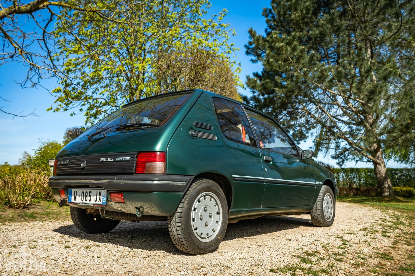 Peugeot 205 Roland Garros occasion à vendre se vende for sale te koop zu verkaufen
