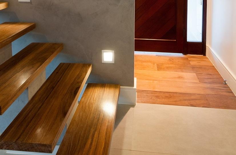 Complemento de piso