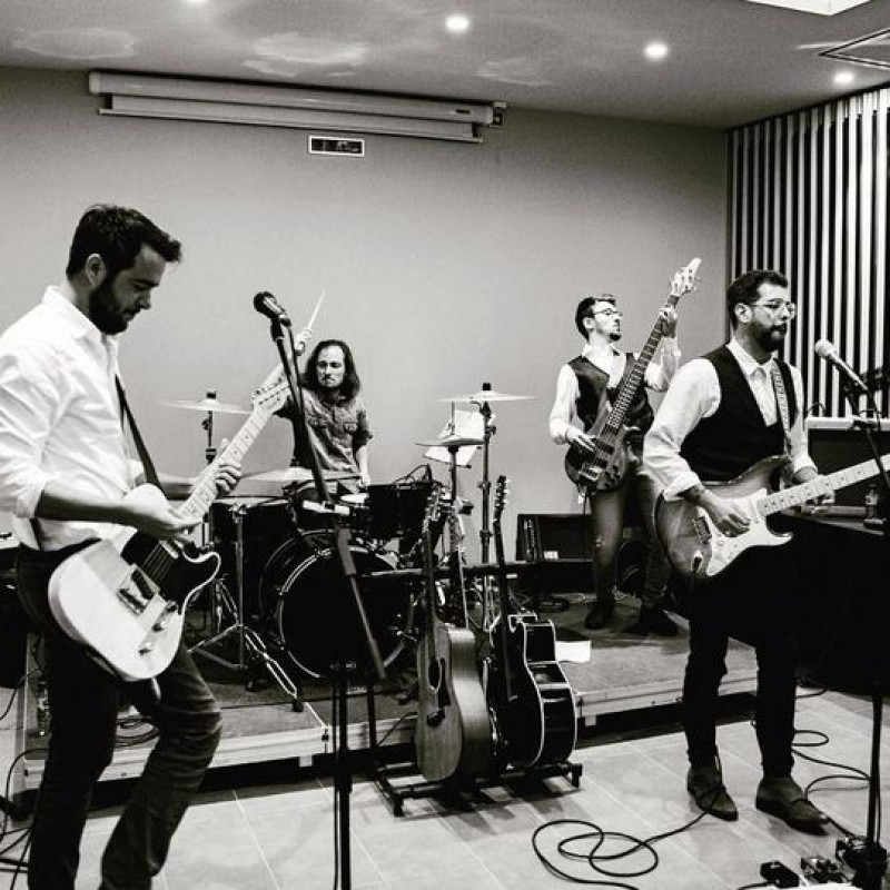 image: Nit rockera: Wild Hearts Band (Rock&Roll) + traca fi de festa