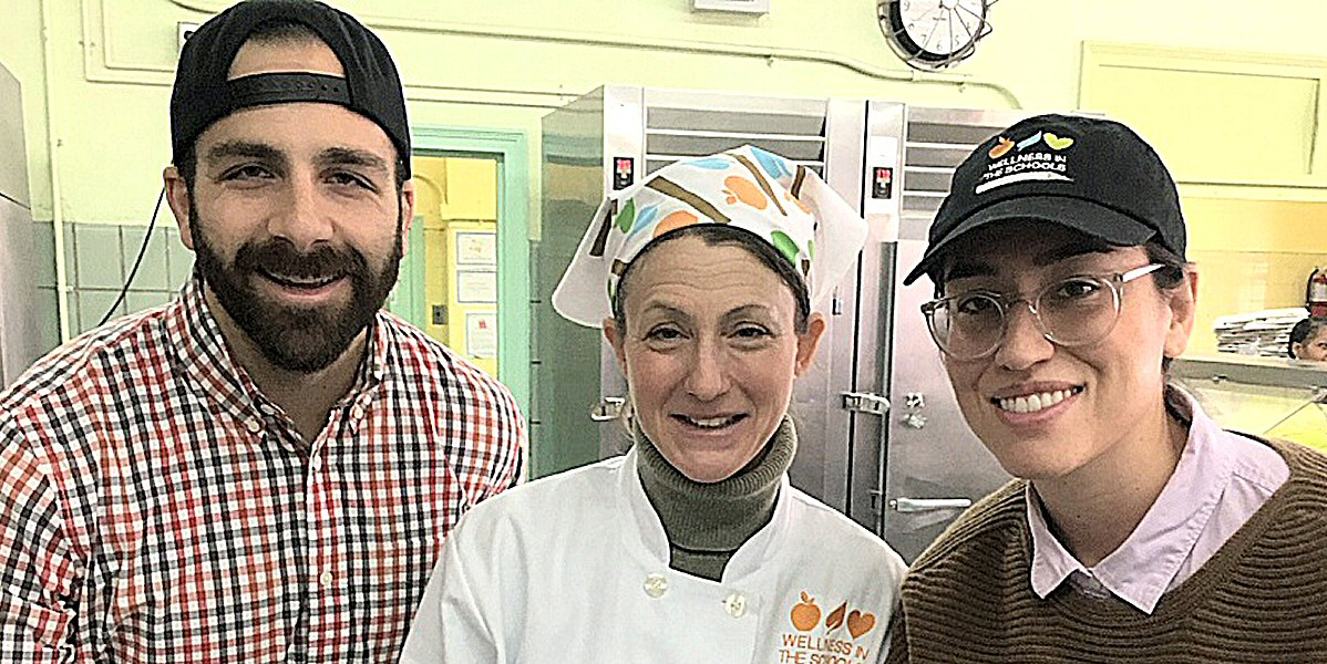 Between The Bread's Jon Eisen Goes Back to School To Teach Students Some Healthy Snack Alternatives