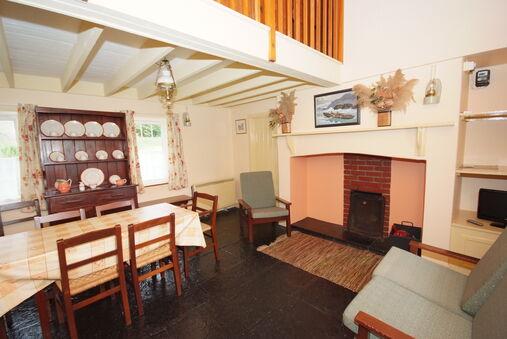 Killarney Lakeland Cottages-Torc Cottage