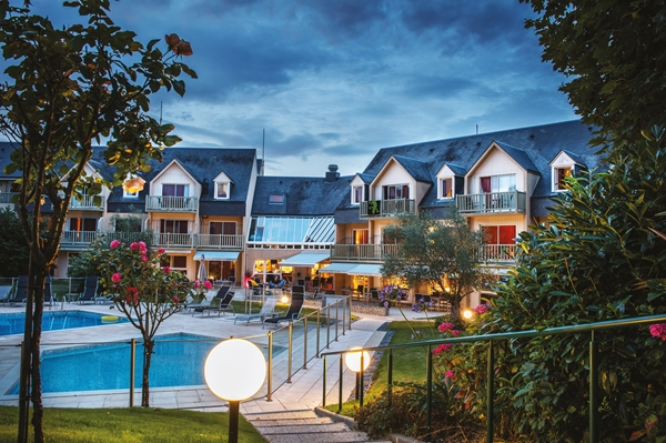 hotel-mercure-omaha-beach-port-en-bessin