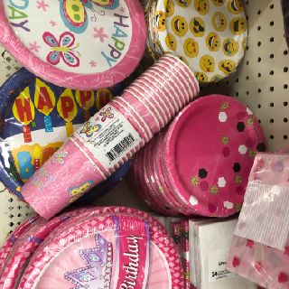 Mixed Disposable Tableware Party Supply Packs, 171 Packs, New Condition, Est. Original Retail $3,420, Elgin, IL, FREE SHIPPING