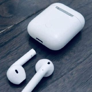 Generic Wireless Bluetooth 5.0  Earbuds for Apple Products, 70 Units, New Condition, Est. Original Retail $7,560, Encinitas, CA, FREE SHIPPING