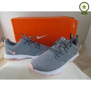 Designer Shoes by Nike, Perry Ellis, Under Armour, Donald Pliner, Toms & More, 78 Units, Shelf Pulls, Est. Original Retail $6,862