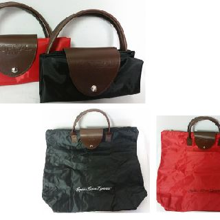 L'Oréal Paris Tote Bags, Red & Black, 200 Units, New Condition, Est. Original Retail $9,998, Ontario, CA