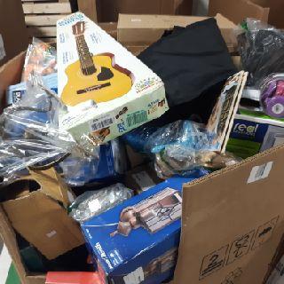 5 Pallets of General Merchandise, 887 Units, Customer Returns, Est. Original Retail $35,990, Dover, NH
